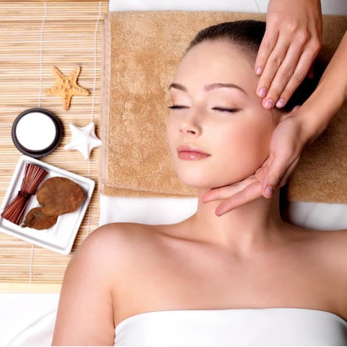 Chăm sóc da tại CosMedical Clinic có tốt không?