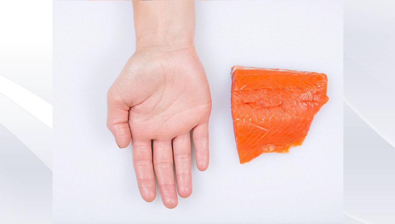 Cá có mỡ bằng lòng bàn tay