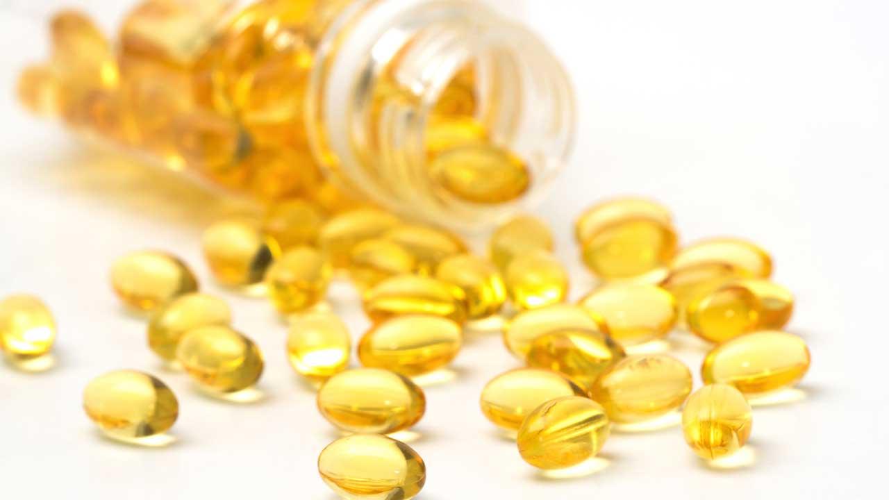 dau-oliu-ket-hop-voi-vitamin-e-lam-trang-da-chong-lao-hoa-2-1