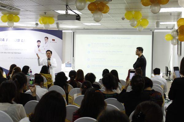 Sự kiện ra mắt Công nghệ Giảm béo Siêu bóng khí áp lực cao Ultra Focus Lipo thu hút đông đảo khách hàng tham dự