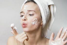 Sữa rửa mặt có vai trò như thế nào đối với làn da?